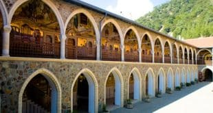 מנזר קיקוס