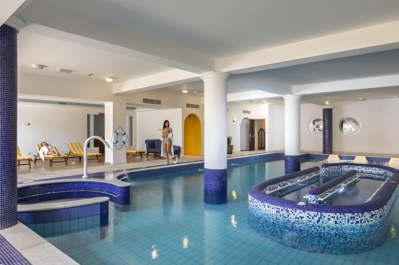 מלון Aquamare